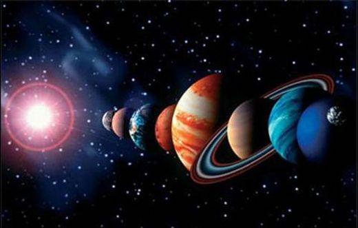 مذنب المارد الأخضر يقترب من الشمس فى ظاهرة فلكية تتكرر كل 8 آلاف عام